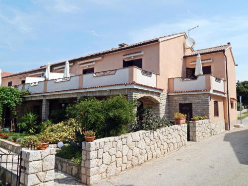 Apartments Fumić
