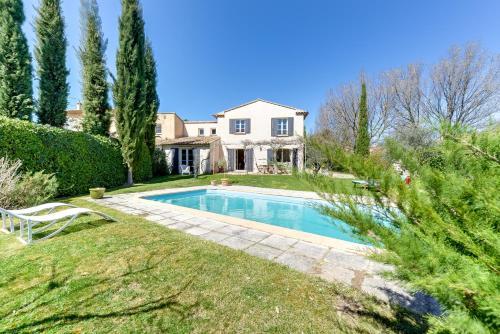 Inviting Provencal Villa