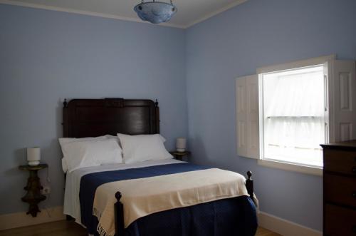 Uma cama ou camas num quarto em Porto.arte downtown apartment