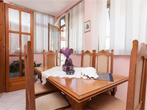 Apartment Carera