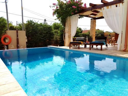 The swimming pool at or near Villa Vanessa