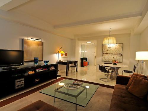 Manhattan Residence 5