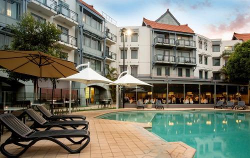 Un patio o zona al aire libre en Pagoda Resort & Spa