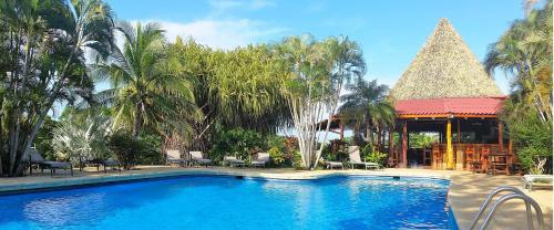 Guacamaya Lodge