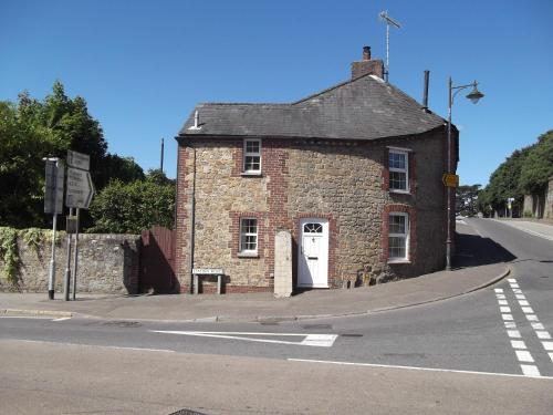 Pound Cottage Petworth