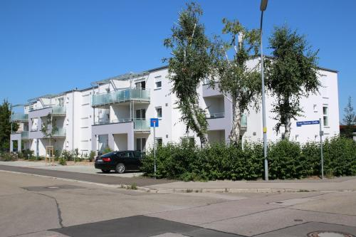 The facade or entrance of Living Neuburg