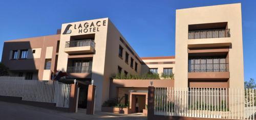 Lagace Hotel