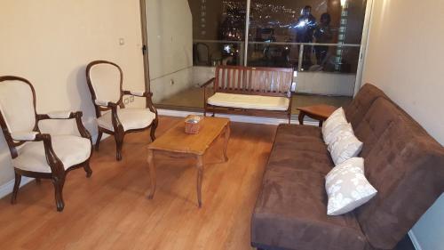 A seating area at Departamento Meseta Pacífico