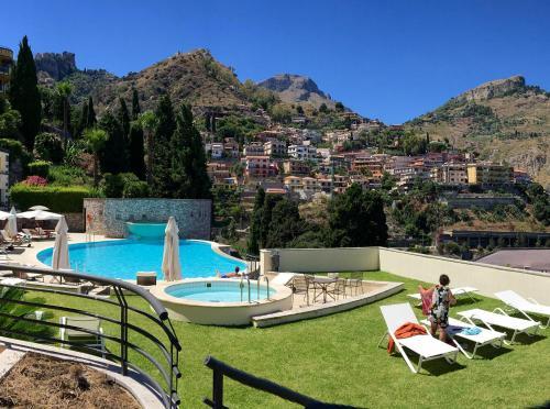 Luxurious apartment in Taormina