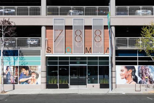 Global Luxury Suites at South Beach SFの外観または入り口