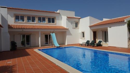Praia del Rey Villa Guest House