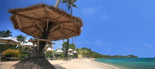 Coral Bay Resort & Spa