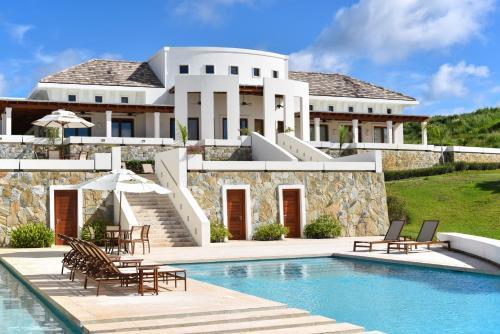 Las Verandas Hotel & Villas