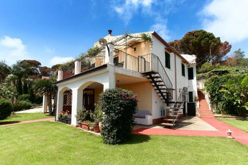 Villa Eleanto