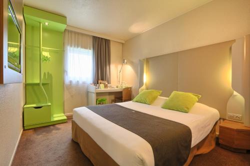 Hotel Campanile Roissy