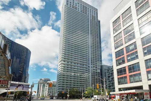 Hav-Inn Suites - CN Tower & Convention Centre
