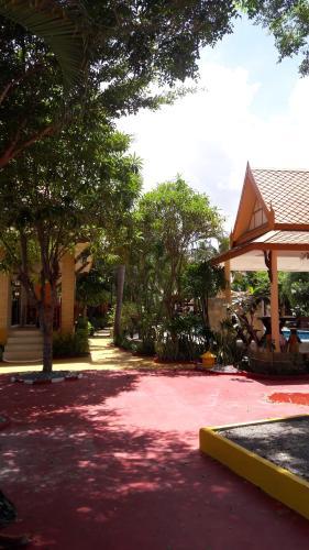 Blue Sky Resort Hua Hin