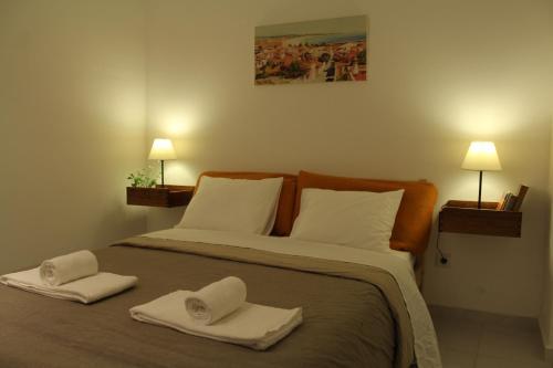 Largo Room