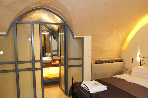 Ein Etagenbett oder Etagenbetten in einem Zimmer der Unterkunft Authentic apartment in Acre