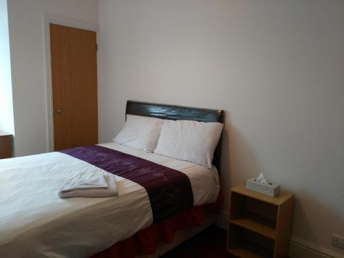 Bright & Spacious Double Room