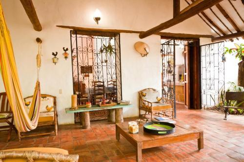 Casa Del Gallo By Casas del Sur