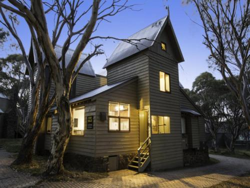 Gundy Lodge