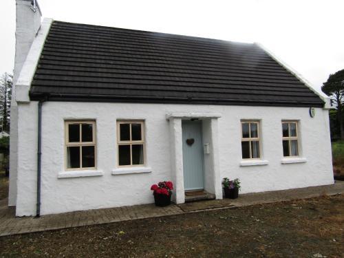 Lougherne cottage