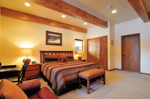 Christophe in Ketchum by Alpine Lodging