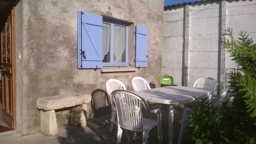 Patio nebo venkovní prostory v ubytování Gite la ruche