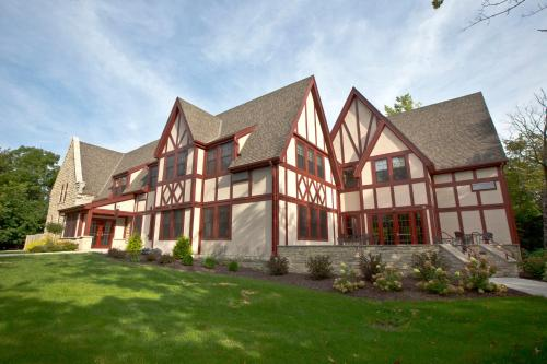 The Inn at Shattuck - St. Mary's