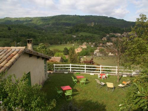View ng garden sa Maison De Vacances - Bourdeaux 2 o sa malapit