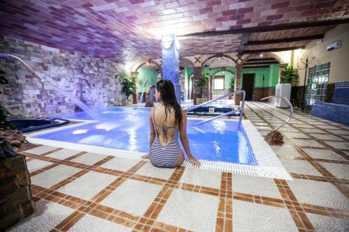Hoteles con jacuzzi en la alpujarra espa a - Alojamiento rural con piscina ...