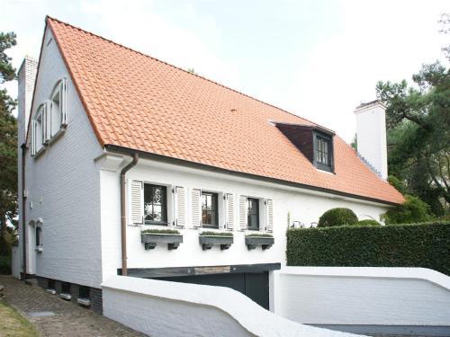Villas louer knokke le zoute locations for Le jardin knokke