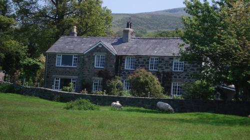 Y Wern Country House