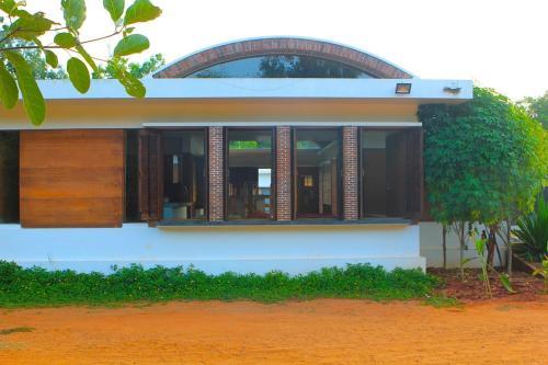 Bouganvilla, Auroville, Pondicherry
