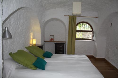 Cueva Los Naranjos
