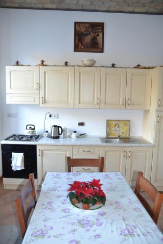 A kitchen or kitchenette at Al Ponte Vecchio