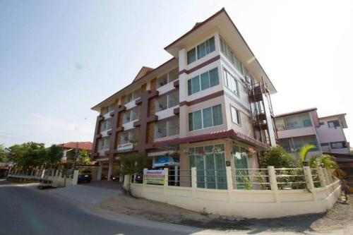 Supattra Apartment