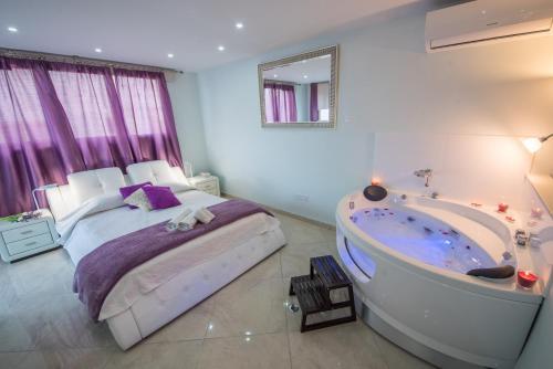 Mesogios House Suites