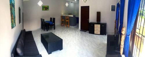 Sinta House