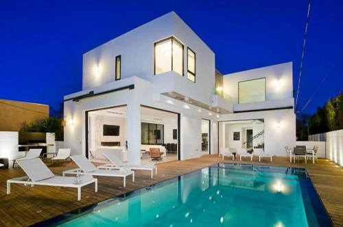 the 10 best villas in los angeles usa. Black Bedroom Furniture Sets. Home Design Ideas