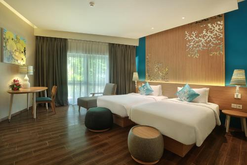 Mercure Manado Tateli Beach Resort