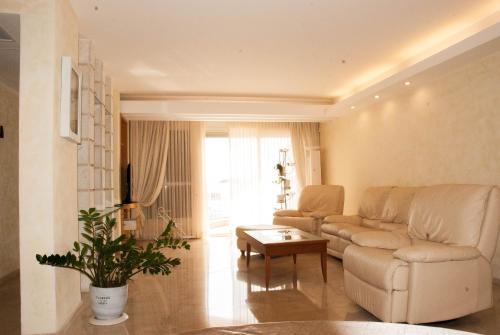 Amdar Residence Apartments
