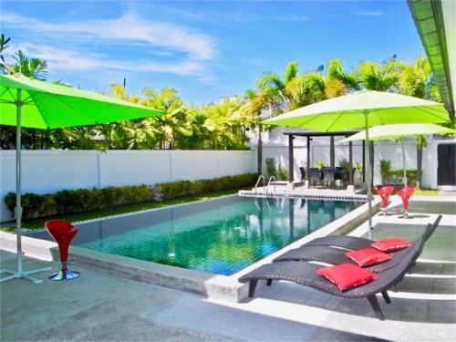 Private Villa in Beautiful Kamala