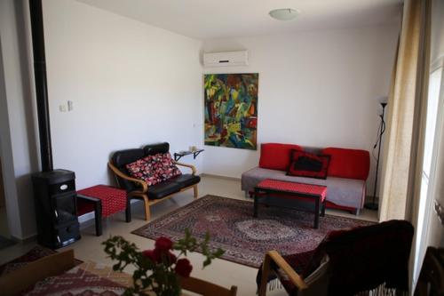 Ein Sitzbereich in der Unterkunft Oasis in the Desert