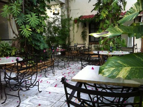 Cancun Inn & Suites El Patio