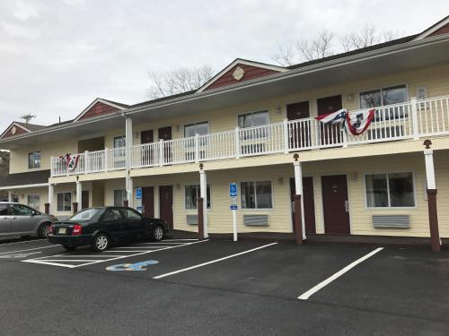 Crystal Inn and Suites