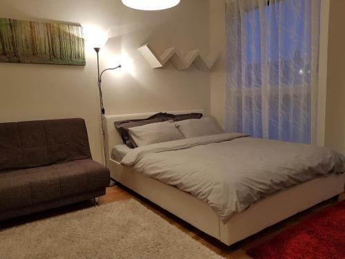 Vuode tai vuoteita majoituspaikassa Rotermanni Guest Apartments
