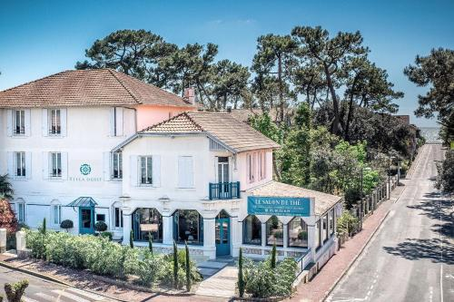 La Villa Ouest (ex Art's Hôtel)