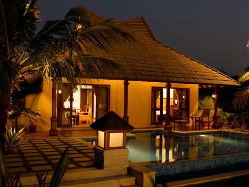 The Zuri Kumarakom Kerala Resorts & Spa